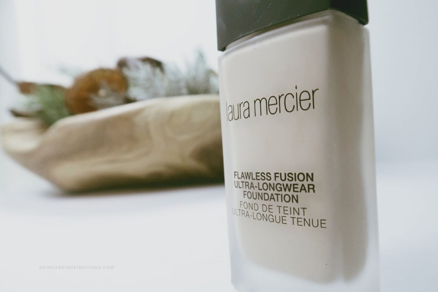 Laura Mercier Flawless Fusion Ultra Longer Foundation 3
