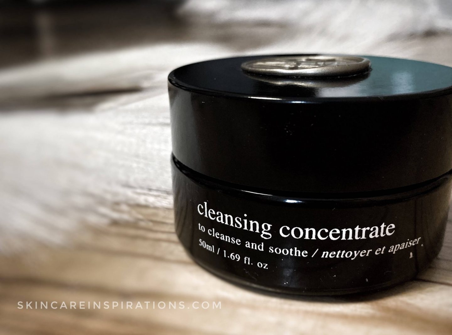 Cleansing Concentrate von Deviant Skincare im Test_jar